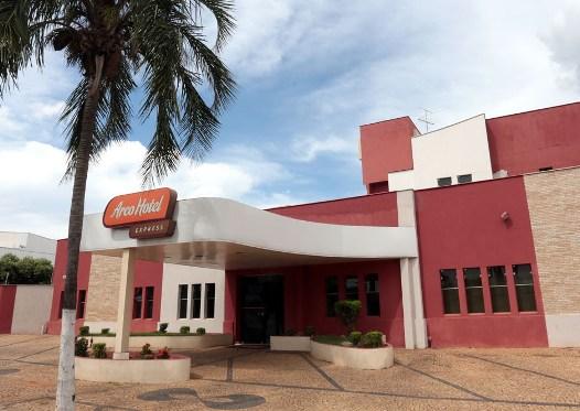 Análise de Posicionamento Hotéis Arco em Araçatuba<br>Araçatuba/ SP