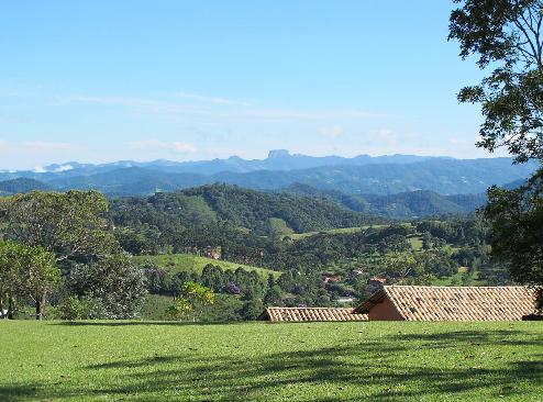 Des. Imobiliário anexo à Pousada Quinta dos Pinhais<br>Santo Antônio do Pinhal/SP